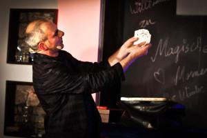 Magier Ralf Gagel im Forsthauskeller